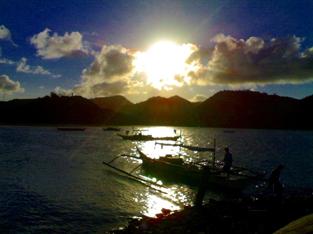 Sunset in Malampaya Sound Taytay Palawan