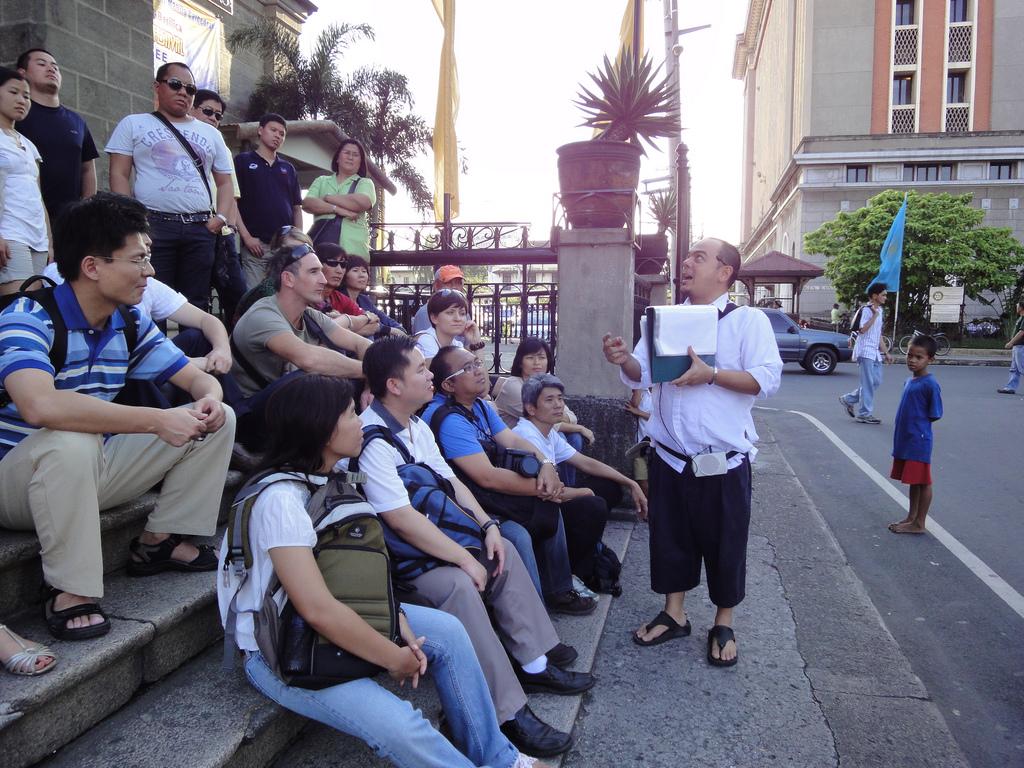 Trip to History lane with Carlos Celdran