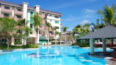 12138595-swimming-pool-widus-resort-and-casino-best-resort