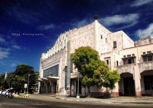 Metropolitan Theatre by akeán2®/Creative Commons