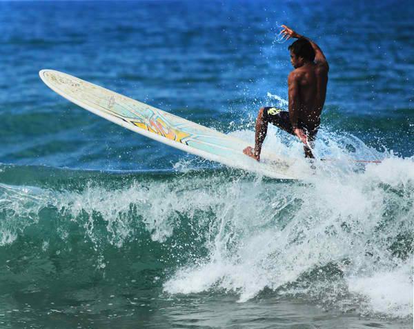 Baler-Surfing3