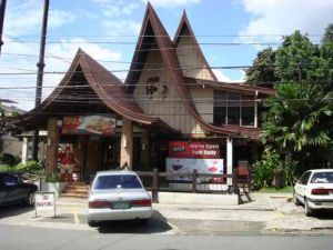 Max Restaurant Scout Tuazon Building/Google