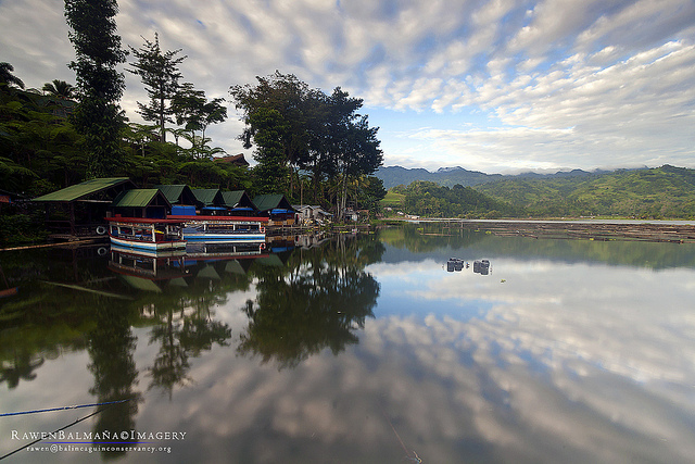 Punta Isla's floating restaurant, Lake Sebu Photo by: Rawen Balmaña/Creative Commons