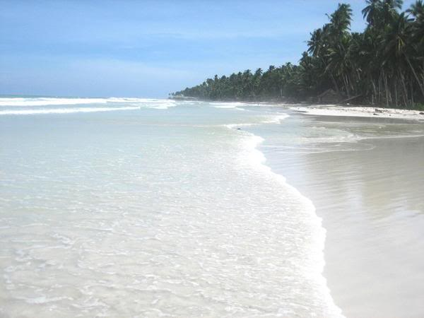 Quezon Beach in Patikul Sulu  Photo by: bangsamorohomeland.blogspot.com/