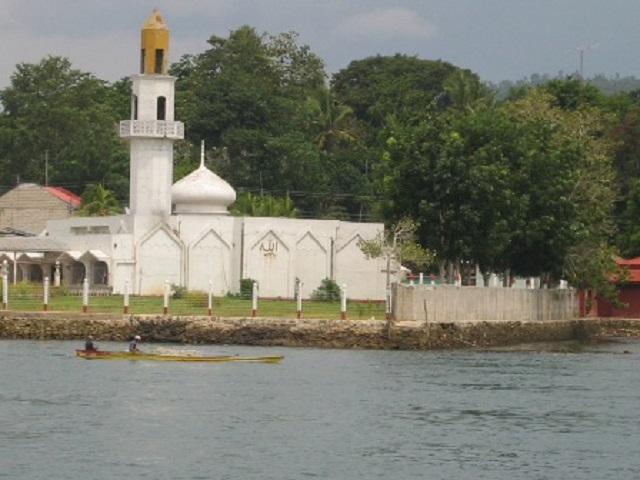 Kaum Purnah Mosque Photo by: Jjarivera/Creative Commons