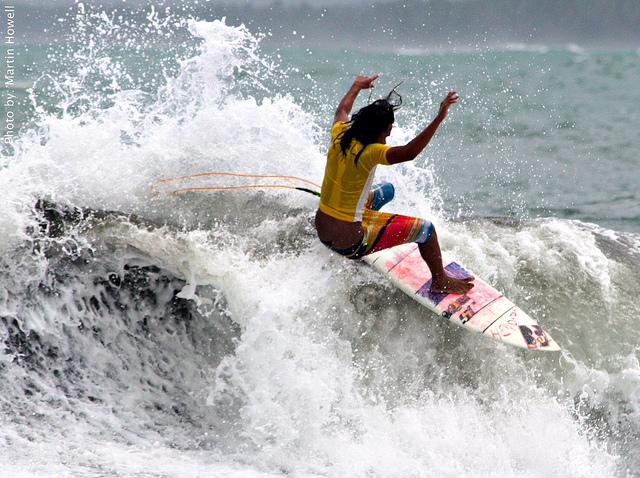Surfing Baluarte, Surigao Del Sur Image source: Lois Yasay/Flickr