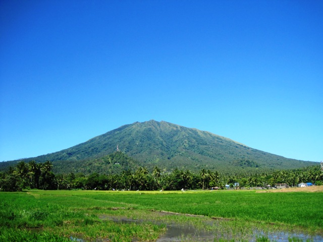 Mt. Asog Image source: crazyweirdnormalguy.blogspot.com