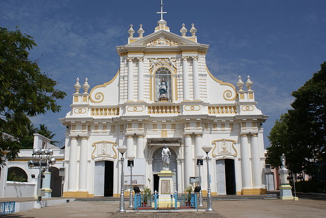 640px-Puducherry_Immaculate_Conception_Cathedral_2