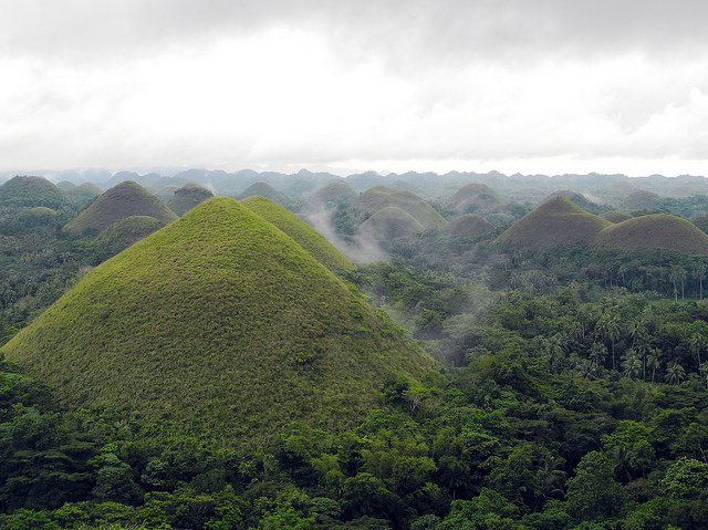 Chocolate Hills Image source: m.a.r.c. of Flickr.com/CC
