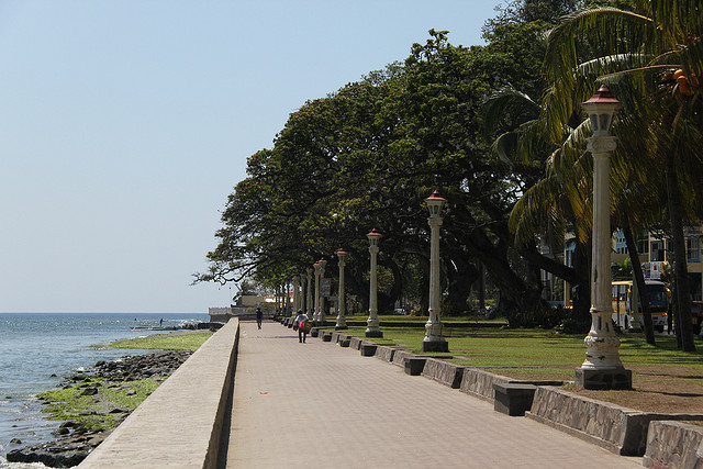 Rizal Boulevard Photo by: Cristian Bortes of Flickr.com/CC