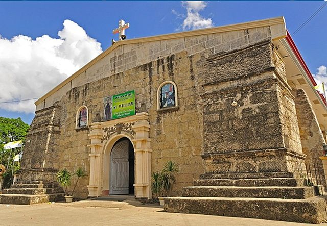 St. William The Hermit Parish Church Photo by: Melvinx44 rules/CC