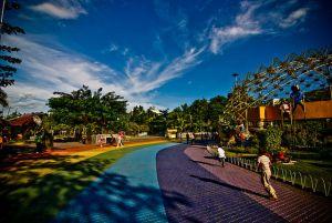 People's Park, Davao City Photo by: Reuel Mark Delez of Flickr.com/CC