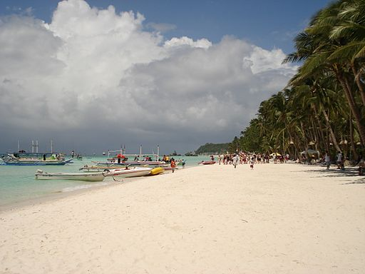 Boracay White Beach Photo by: Badroads /Wikimedia Commons