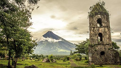 Cagsaua Ruins Photo by: Ayanvillafuerte /Wikimedia Commons