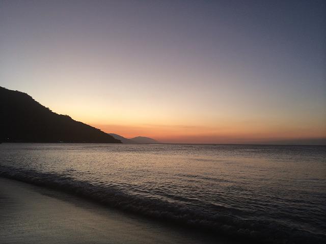Sunset Photo by: Christian Schmitt/Flickr