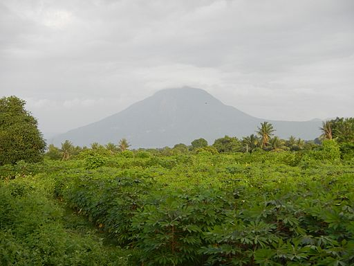 Mt. Maculot Photo by: Ramon FVelasquez/Wikimedia Commons