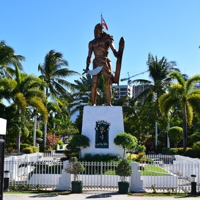 Lapu-Lapu Shrine in Mactan Island Photo by: Cebucation.com/Wikimedia Commons